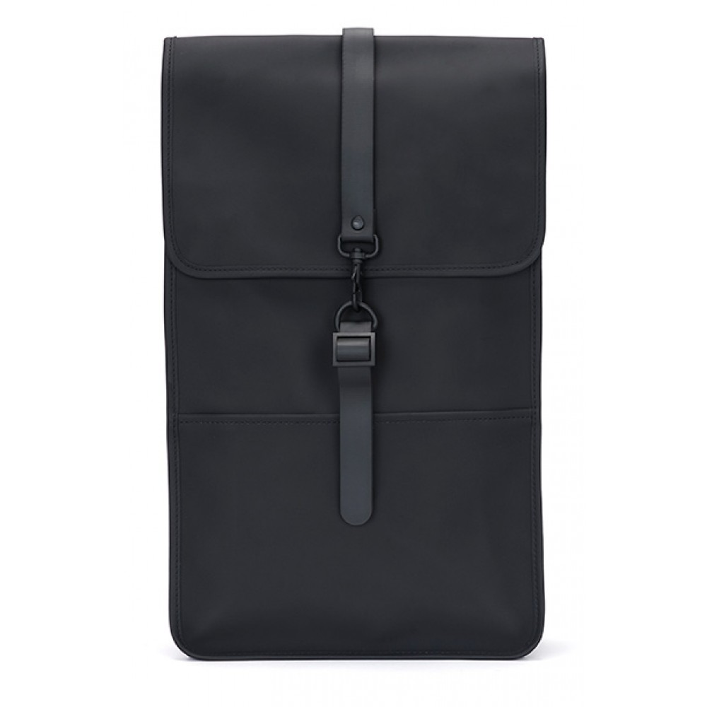 https://www.kysthuset.com/media/catalog/product/1/2/1220_rains_backpack_black.jpg