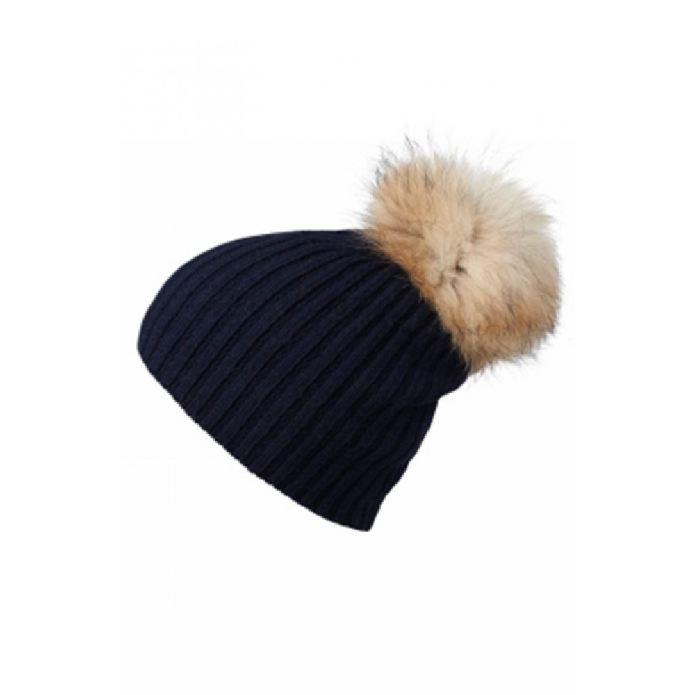 https://www.kysthuset.com/media/catalog/product/d/e/debbie_beanie_navy_96158_mp.jpg